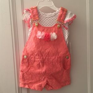 Other - Little Lass Baby overalls set